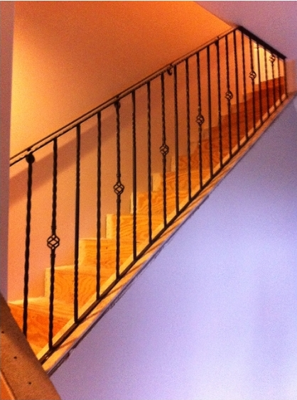 residential-handrail-installation-after-2