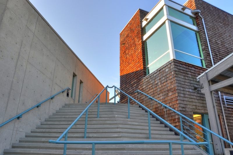 stairway-to-coummity-center-h